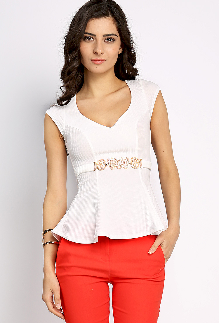 Womans Top, Popular Lace Tops Peplum Top leisure style with a jeans. Milumia Women's V Neckline Self Tie Short Sleeve Blouse Tops. by Versatile styles Shop by Category. Women's Knits & Tees. Women's Tanks & Camis. Blouses & Button-Down Shirts. WLLW Women Bohemian Short Sleeve V Neck Floral Print Peplum Shirt Top Blouse Tee. by WLLW.
