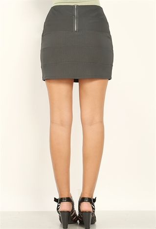 image Mini skirt back watch on minibus