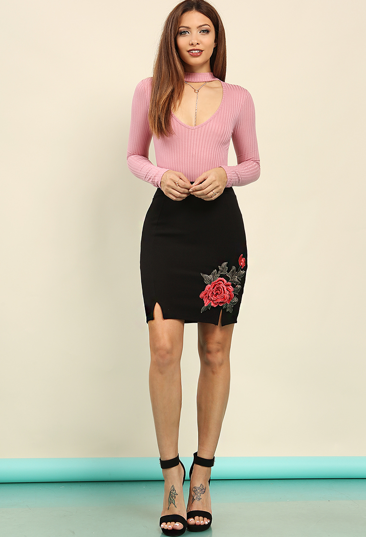 Textured Floral Embroidered Mini Skirt