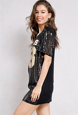 2a660bec Gorgeous 96 Graphic Sequin Tee | Shop Fall Fashion at Papaya Clothing