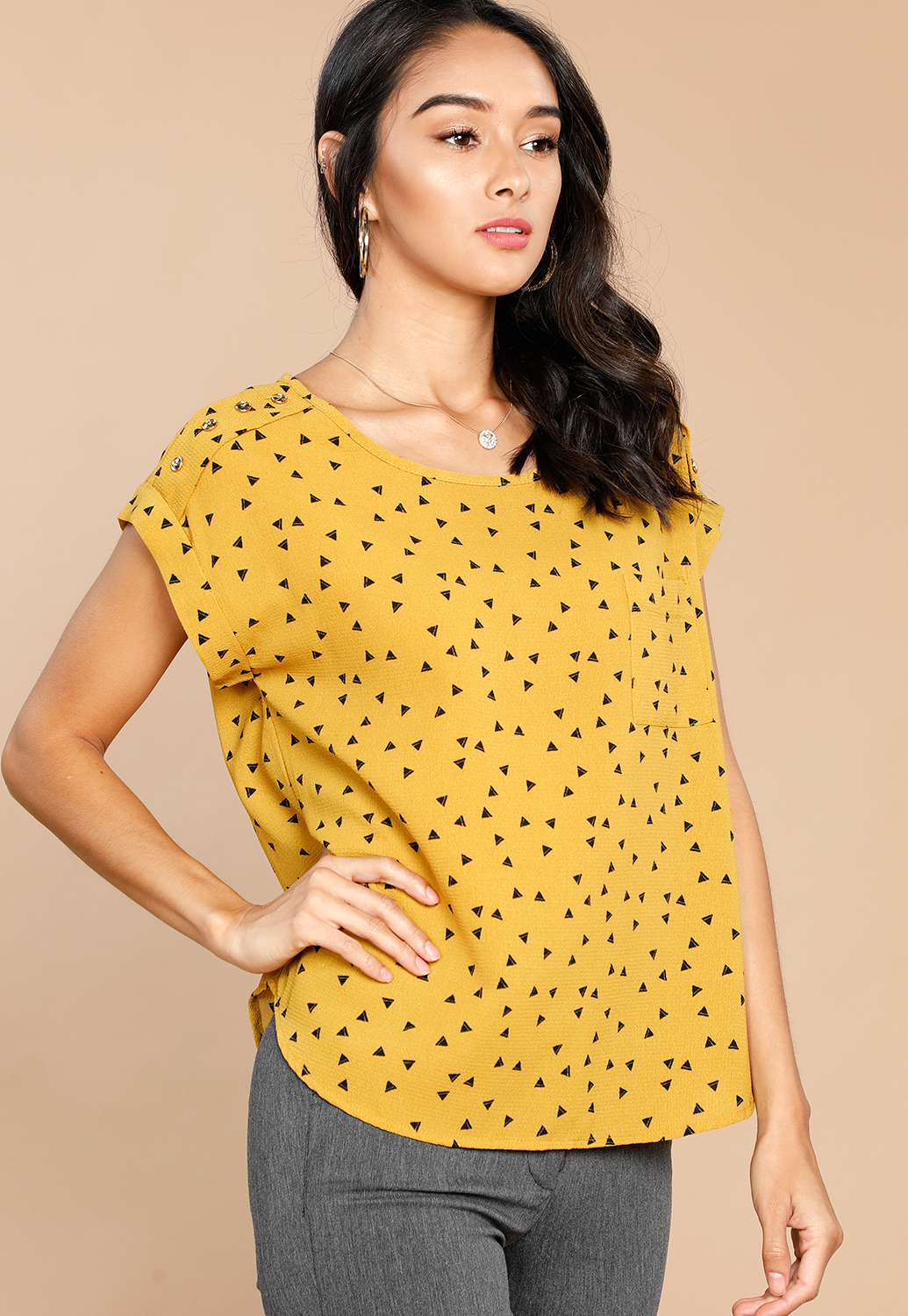 Triangle Pattern Dressy Blouse