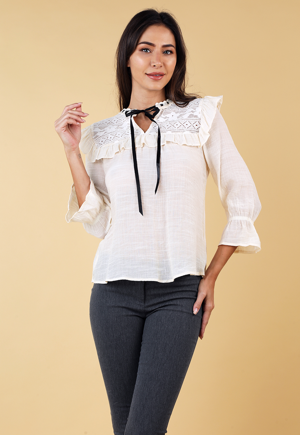 Lace Trim Ruffle Detail Top
