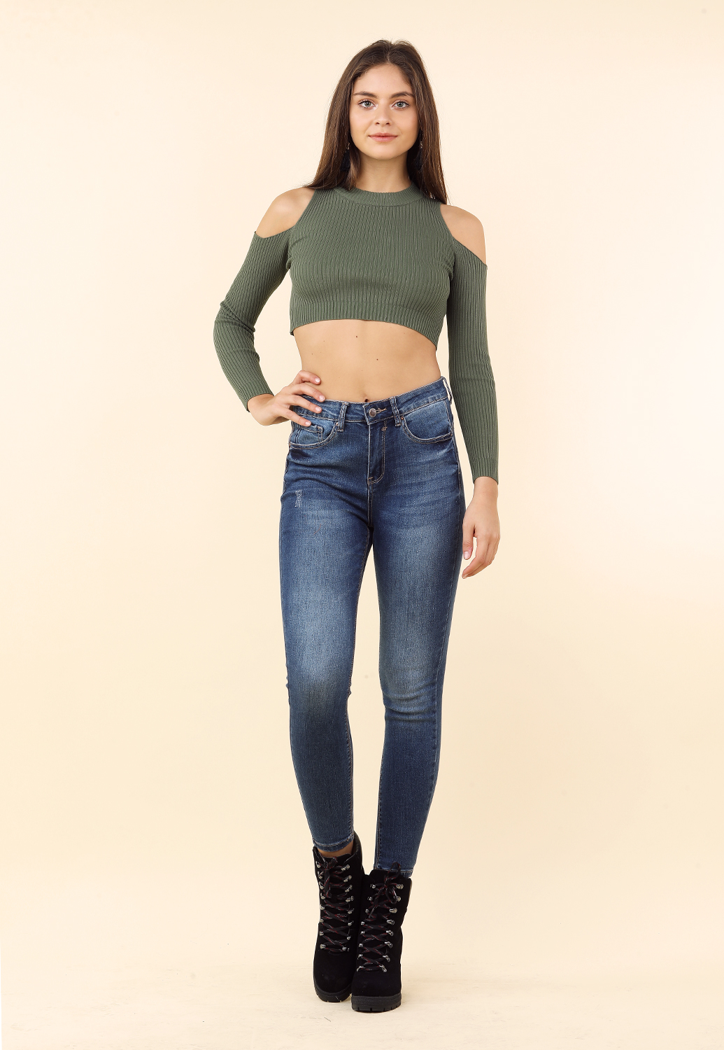 Open Shoulder Long Sleeve Crop Top