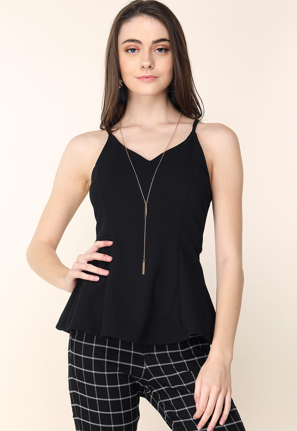 Flare Hem W/Necklace Dressy Top