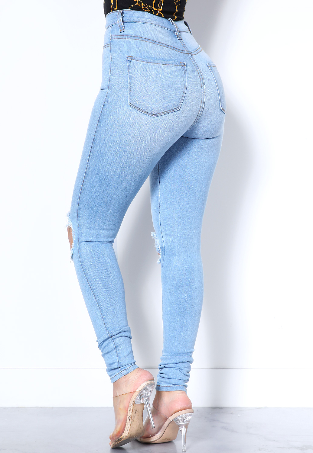 Distressed High Waist Skinny Jeans
