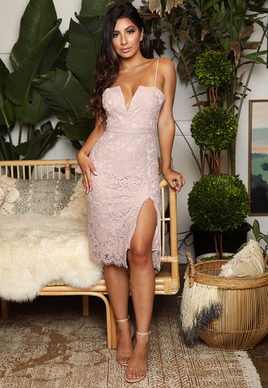 Noel Lace Bodycon Dress
