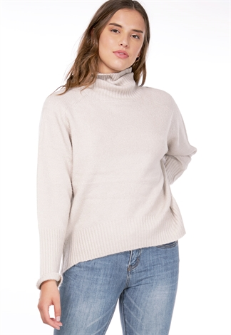 Turtle Neck High Low Sweater
