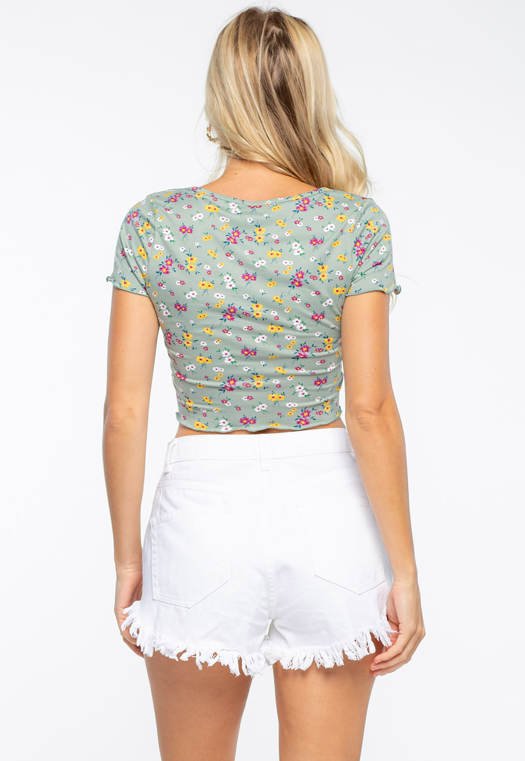 Front Button Detailed Floral Crop Top