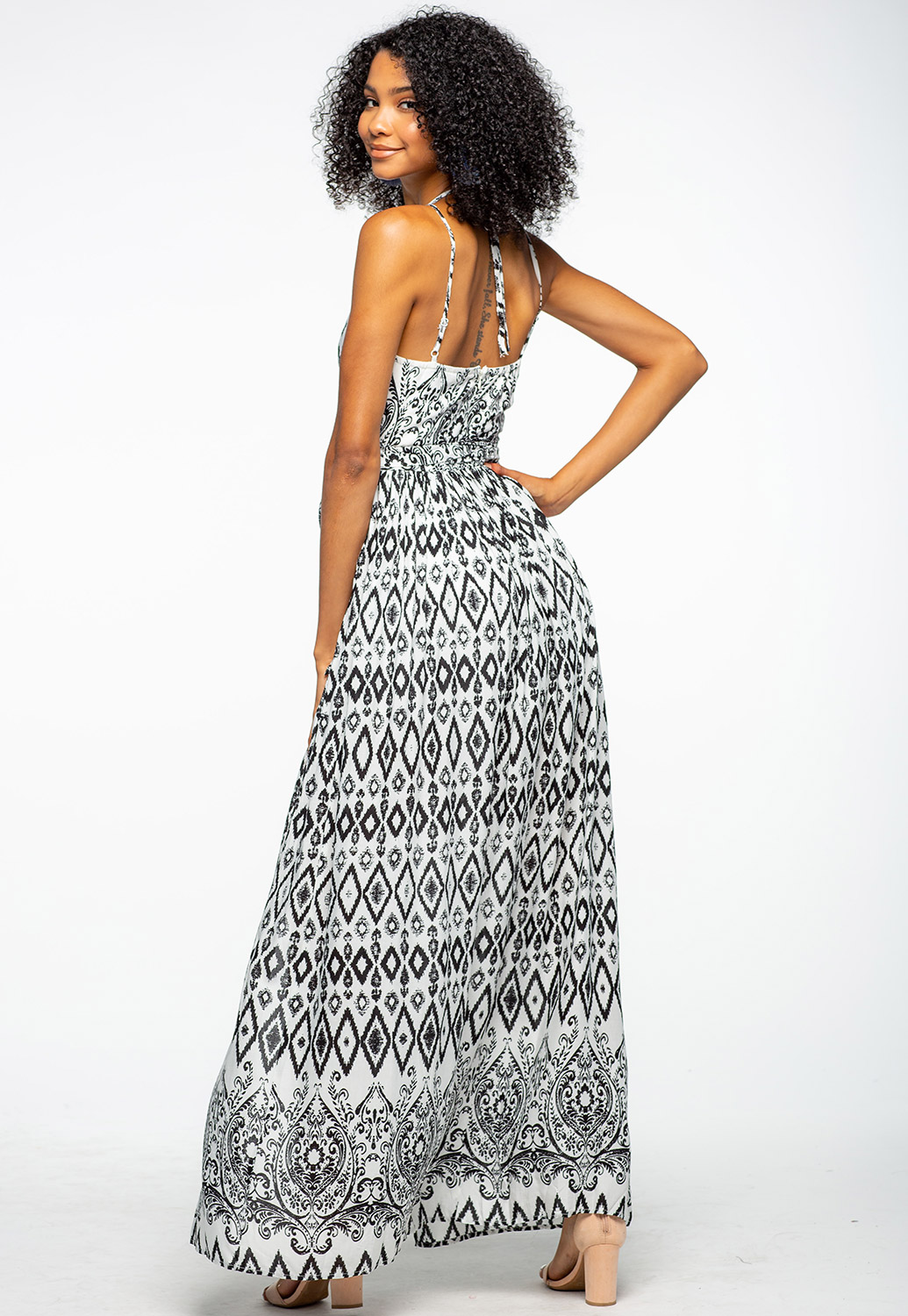 Front Cut-Out Detailed Maxi Dress