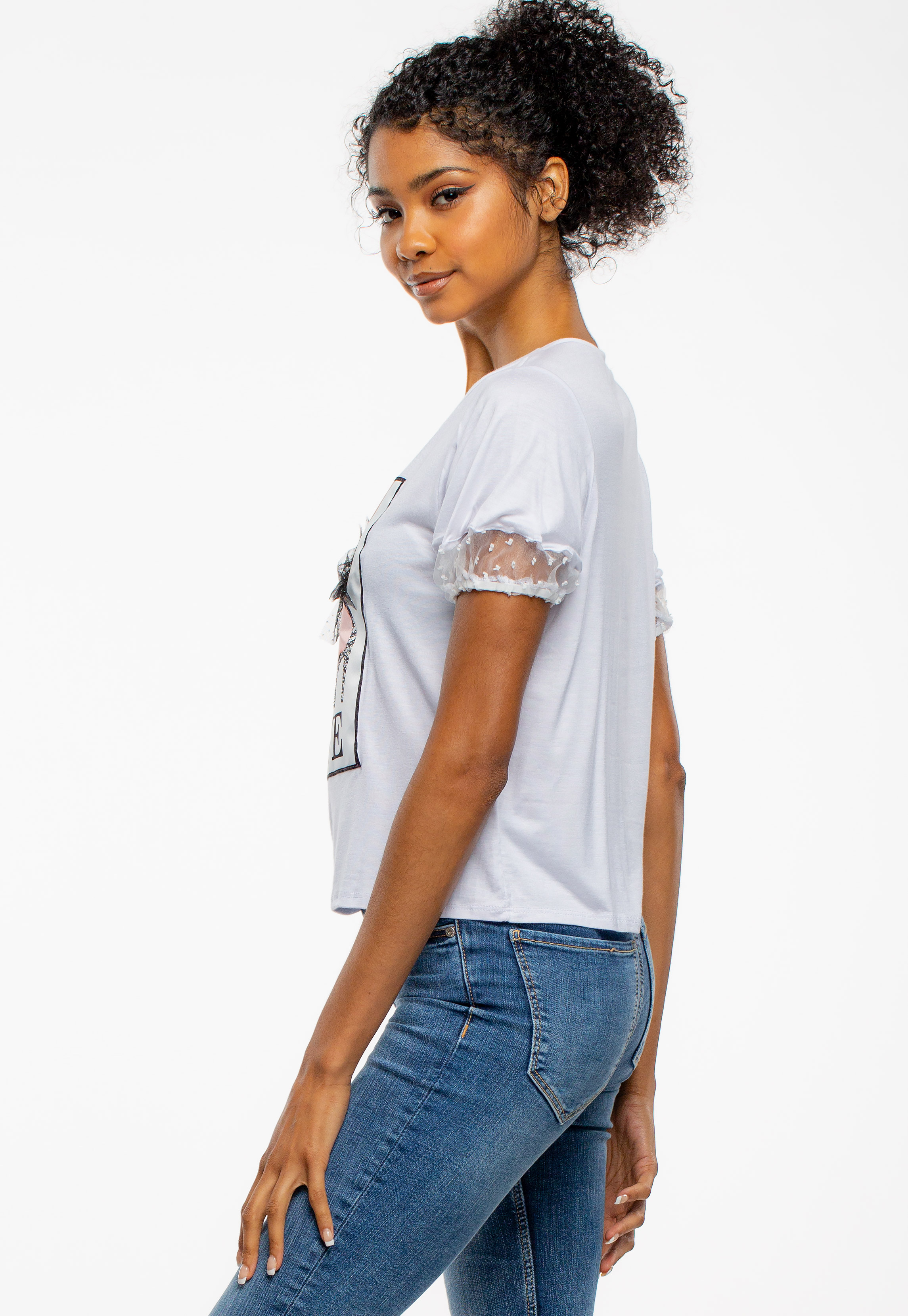 Semi-Puff Lace Shoulder Graphic Top