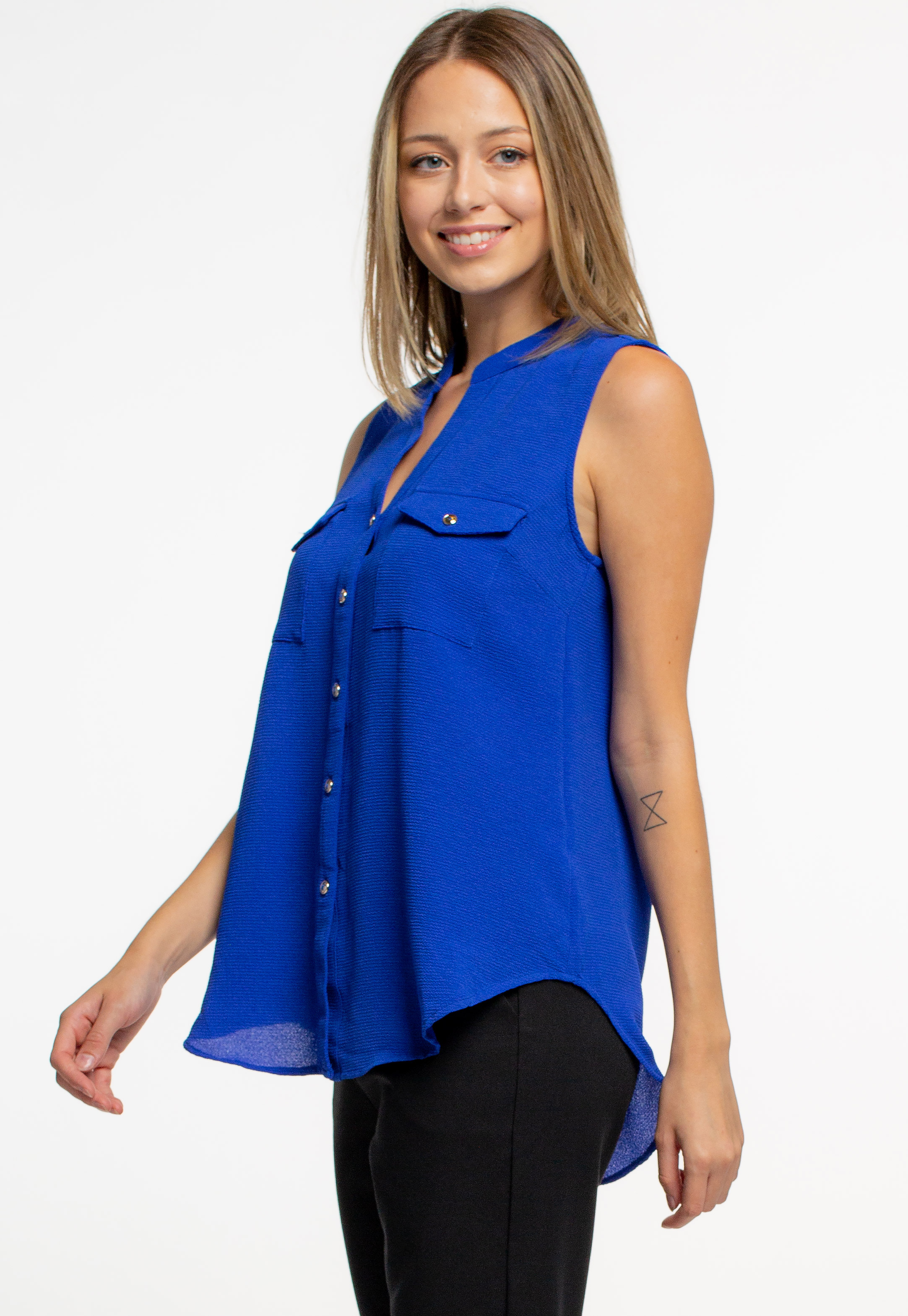 Sleeveless Button Detailed Blouse