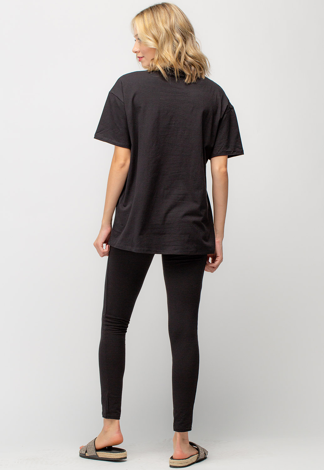 Oversized T-Shirt And Leggings Activewear Set