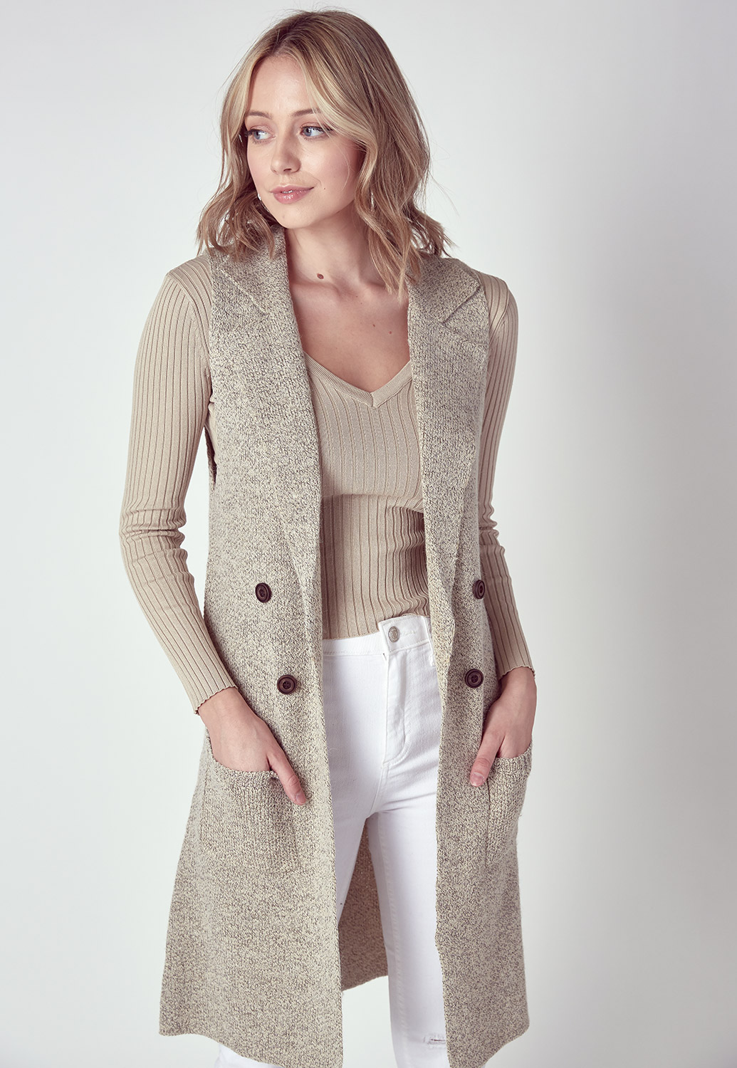 Fall Trendy Sleeveless Button Detailed Cardigan