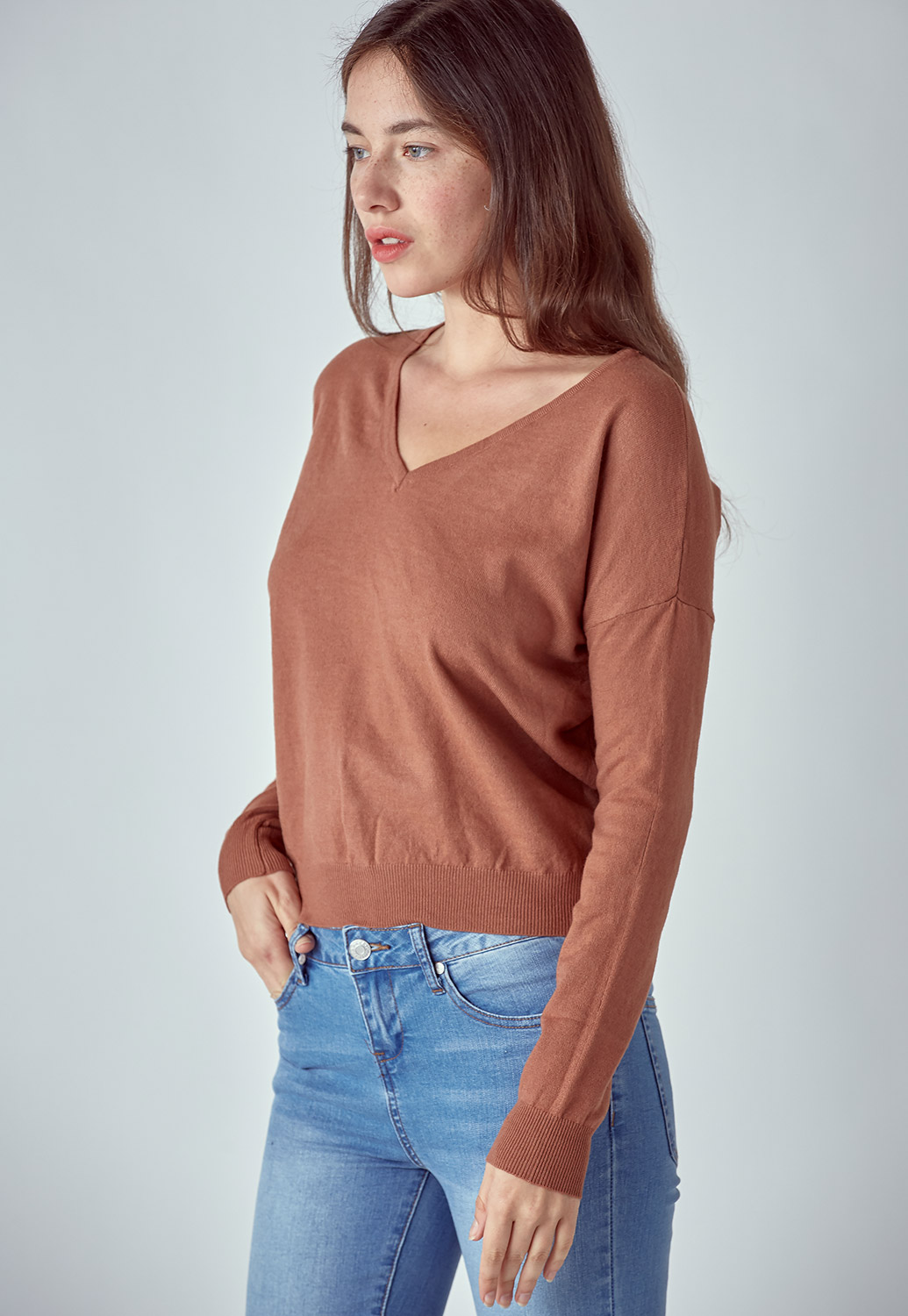 Slim Fit V Neck Sweater