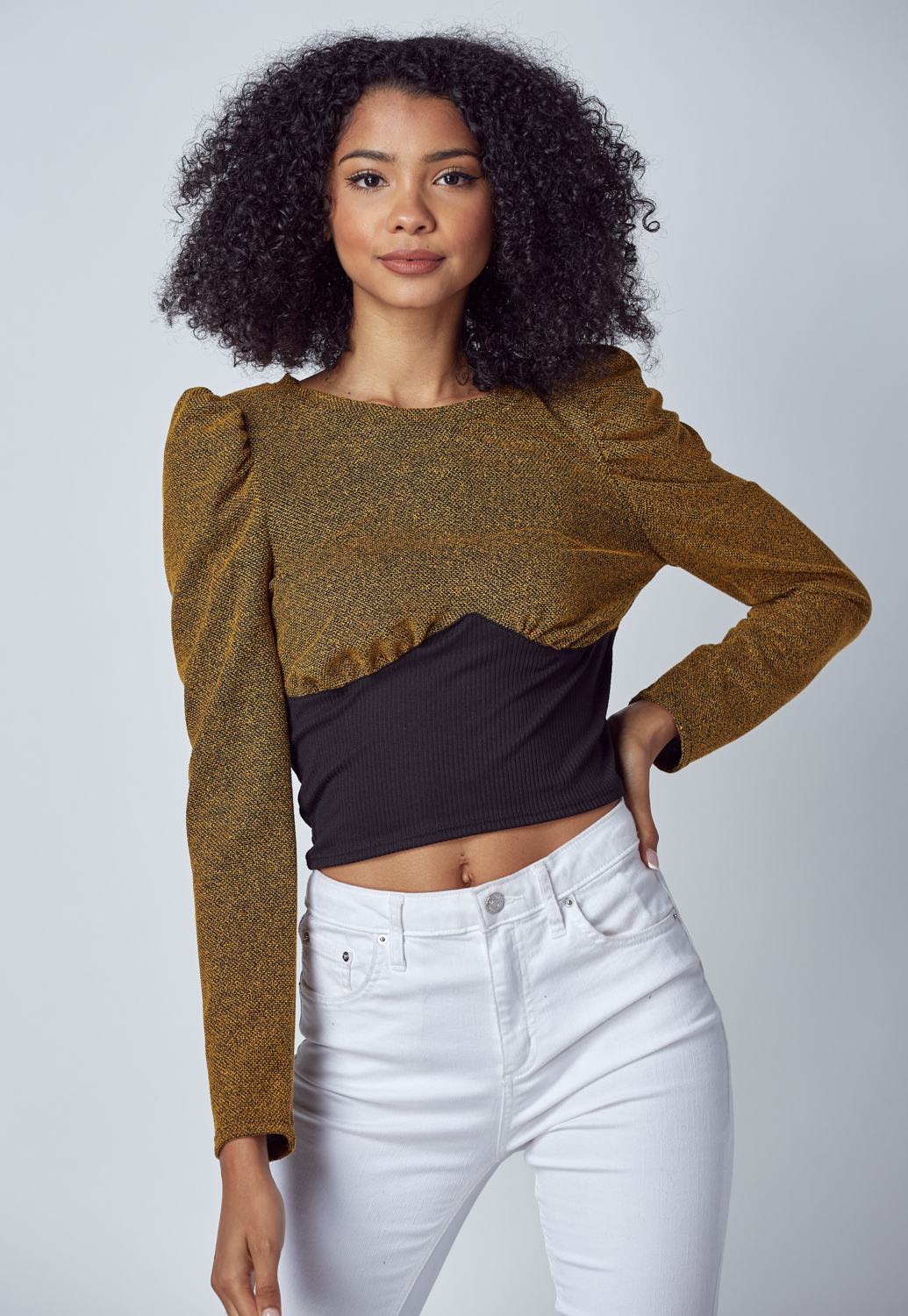 Puff Sleeve Round Knit Top