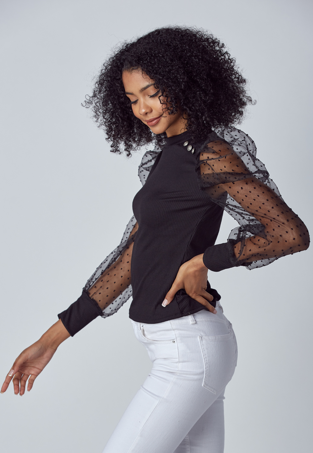 Dot Mesh Puff Sleeve Knit Top