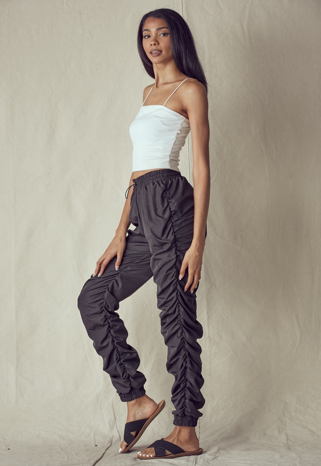 Ruched Side Solid Pants
