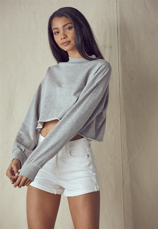 Round Neck Long Sleeve Crop Sweatshirt