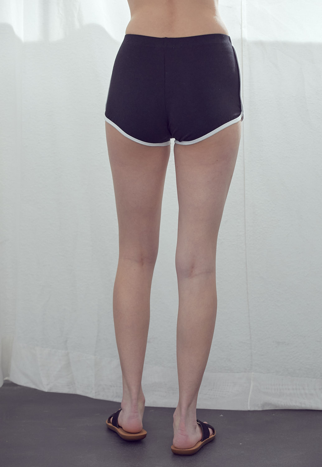 Basic Shorts With Contrast Binding